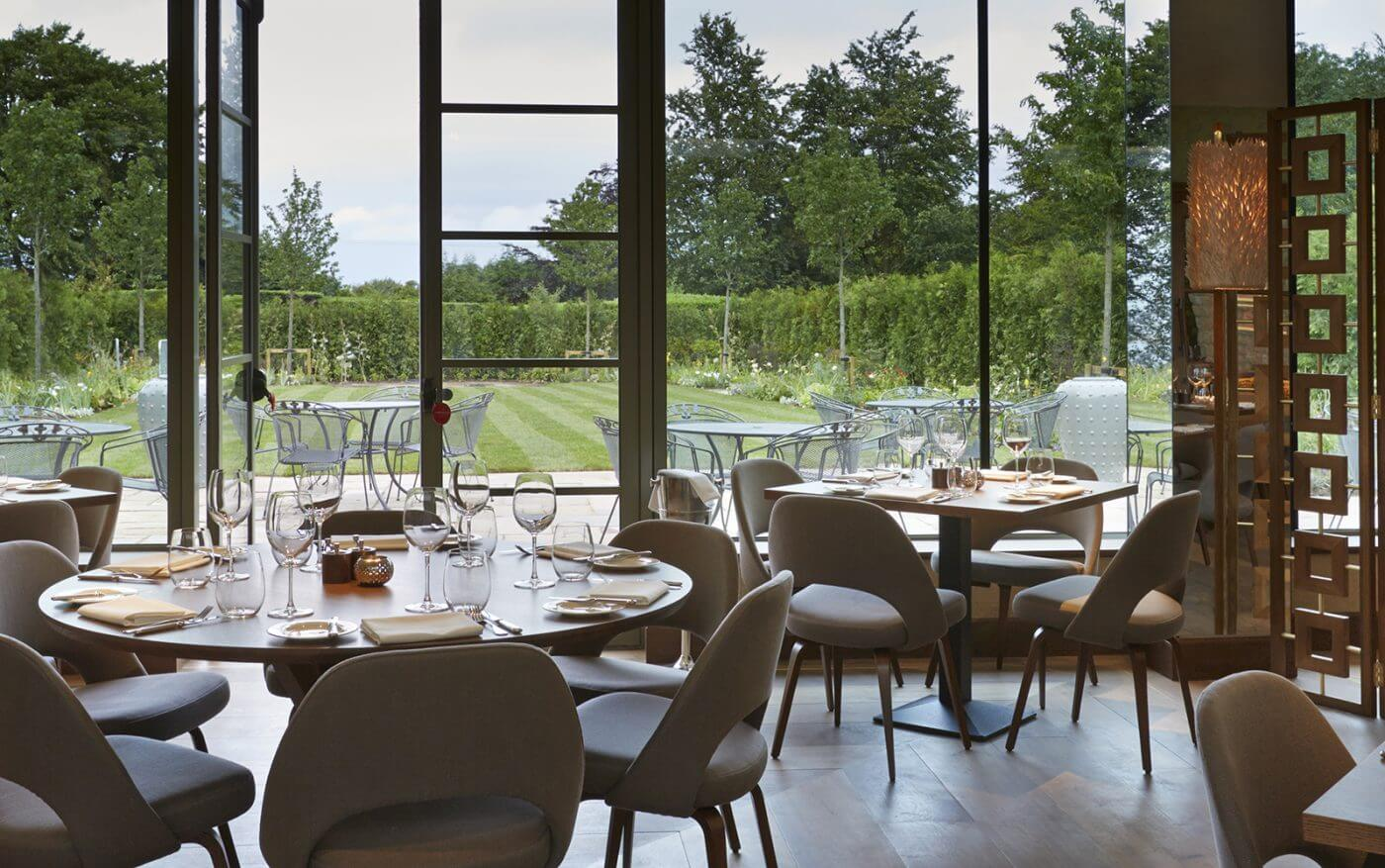 INTERIOR DESIGN ∙ Hotels And Restaurants ∙ Dormy House   Todhunter  EarleTodhunter Earle